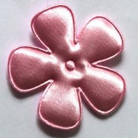 47mm roze satijn bloem