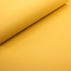 Mooi lapje kunstleer  geel (lipa)