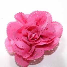 Bloem met gaatjes donker  roze 8cm