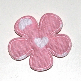 25mm bloem met hartjes print roze