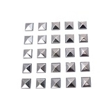 Pyramides plain zilver 7 mm