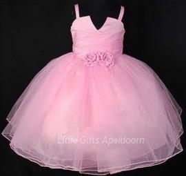 Bijzonder mooie jurken voor Prinsesjes! maat 14