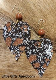 Batik hartjes oorbellen, anting2 Batik