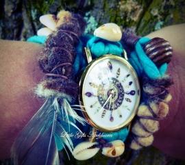 Wikkel Horloge verkocht