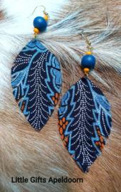Batik oorbellen, anting2 daun biru