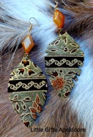 Batik oorbellen 3