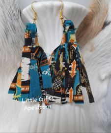batik earrings, batik oorbellen