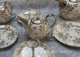 Servies High Tea Party!