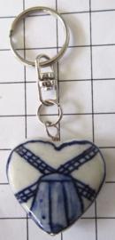 SLE613 Sleutelhanger delftsblauwe molen in hart, handgeschilderd