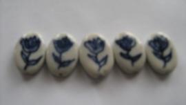 5 delftsblauwe platte ovale tulpenkralen handbeschilderd porcelein.