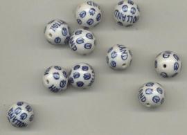 7 stuks ronde kraal 18mm delftsblauw beschilderd met Holland en tulpen.