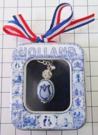 Delftsblauwe handgeschilderde tulpjes porcelein met strass kettinkje   EAN 0087184815255  HAN146