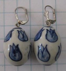 OOR 128 oorbellen Delftsblauwe grote ovale tulpkraal
