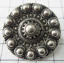 Zeeuwse knop broche bloemvorm, zwaar verzilverd ZKB909