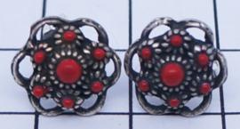 Zeeuwse knop oorstekertjes oogjesrand en rode emaille zwaar verzilverd ZKO714-R