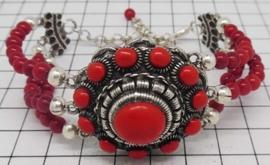 Grote Zeeuwse knop armband met natuurlijk koraal ZKA513-R