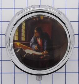 PIL 140 pillendoosje met spiegel naaiatelier Johannes Vermeer