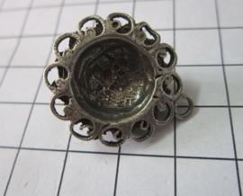 ZB035 zeeuwse knoop oogjesrand verzilverd