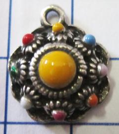 ZB011-MC klein bol zeeuws knoopje verzilverd met muti colour emaille