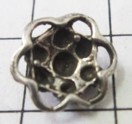 Zeeuws knopje 7-bolletjes met oogjesrand ZB006