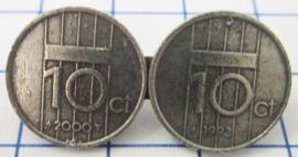 MB004 Broche twee dubbeltjes willekeurig jaartal, verzilverd