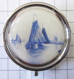 PIL505 pillendoosje met spiegel delftsblauw zeilbootje