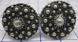 ZKG431 machetknopen zeeuwse knopen met veel bolletjes zwaar verzilverd