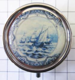 pil 057 pillendoosje met spiegel Delftsblauwe schepen