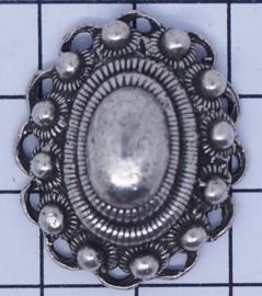grote ovale zeeuwse knop met oogjesrand zonder hangoogje ZB016