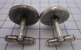 MAK 104 Manchetknopen verzilverd witte tulp