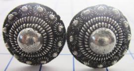 ZKG427 machetknopen dichte bolle zeeuwse knop