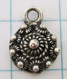 klein plat knoopje eenoog verzilverd ZB003