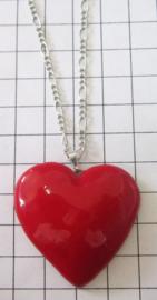 HAN300 Hanger met rood hart verzilverd aan verzilverd kettinkje 40 cm