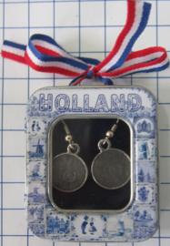 OOR102 oorbellen dubbeltje met willekeurig jaartal verzilverd