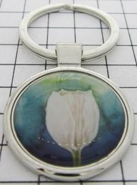 SLE101 Sleutelhanger witte tulp blauwe achtergrond