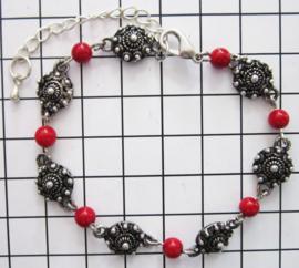 Zeeuwse knop armband, ZKA512 met natuurlijk koraal