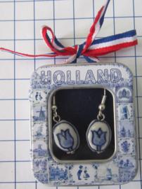 OOR127 oorbellen delftsblauw handgeschilderd tulpje