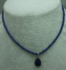 Lapis Lazuli  ketting 3 mm met hangertje.