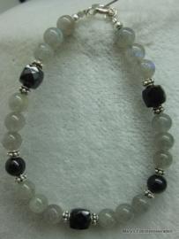 Labradoriet armband+Zwarte Spinel dobbelstenen+zilver.