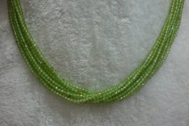 Peridot snoer facet 2 mm Nr71)*