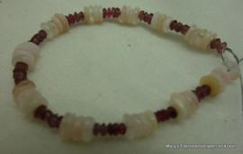 Armbandje Opaal met rood Toermalijn facet (on-af)**
