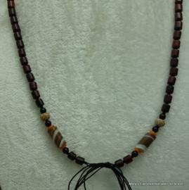 Houten ketting+Agaat, Padauk en Bodhi beads