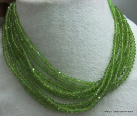 Peridot snoer fancy shape ca 5 mm F83*