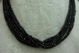 Zwart Spinelsnoer facet 3 mm Nr169)