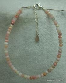 Rose Opaal (natuurlijk) armbandje facet rondellen 2x3 mm (nr24)V