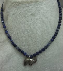 Lapis lazuli ketting dobbelsteentjes + zilveren olifant.