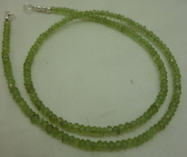 Peridot ketting facet buttons 3 mm*