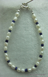 Parel armband met Lapis Lazuli buiskralen V