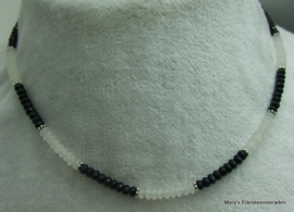 Black Spinel facet en Witte Jade rondellen ketting 4 mm (Nr3)