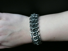 chainmaille interwoven roestvrijstalen european 4 in 1 armband (02ab003)